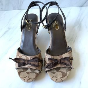Coach Betsy Monogram Wooden Studded Heels Size 8